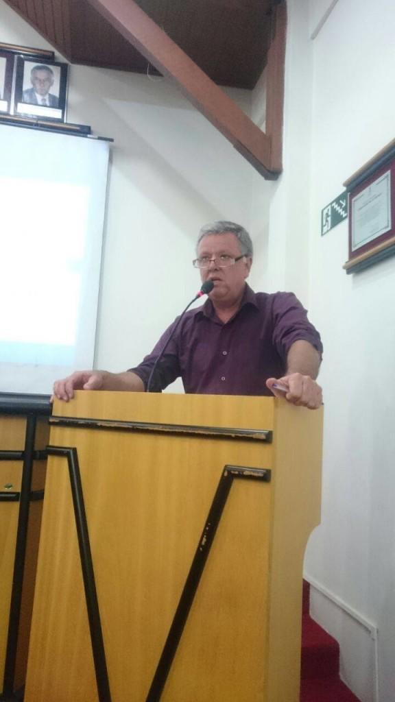 Vereador Décio Loureiro, proponente da reunião