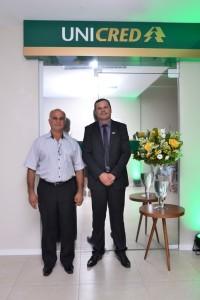 Vereador Tadue Machado com o Genrente da UNICRED em Santiago, Vinicius D'ornelas. FOTO: Site Beebop