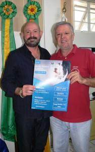 Professor Gilberto Girardon e o Presidente da Câmara, Décio Loureiro