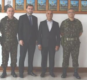 Coronel Roberto Morais Brancalione ,Prefeito Tiago,Presidente da Câmara de Vereadores Tadeu Machado e  Ten. Coronel Rogério Martins Moura