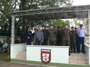 presidente da câmara ,vereador Tadeu Machado,General  de Brigada Flavio Lajoia e o Diretor do HGU Coronel Sergio Lopes Crossetti
