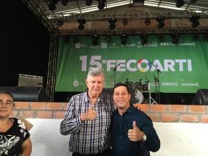 Vereador Joel Oliveira com o Deputado Federal Luis Carlos Heinse.