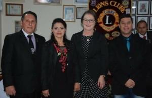 Presidente Jose Luis Ramos e sua esposa Ana Maria Ramos,Sec.Planejamento Cleusa Canterle e Vereador Joel Oliveira