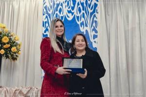 Agraciada com o Título de Cidadã Santiaguense pela Vereadora Eva Muller