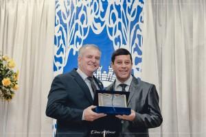 Agraciado com o Título de Cidadão Santiaguense pelo Vereador Joel Oliveira