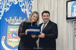 Agraciada com o Título de Cidadã Santiaguense pelo Vereador Claudio Batista Manzoni