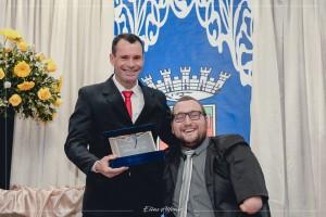 Agraciado com o Título de Cidadão Santiaguense pelo Vereador Clairton Pivoto